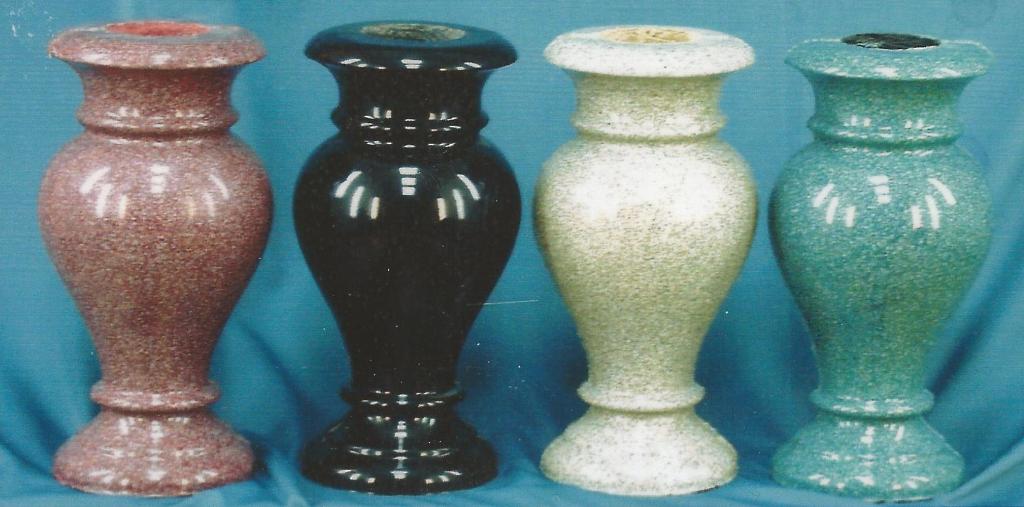 Вазы для памятника из литьевого мрамора